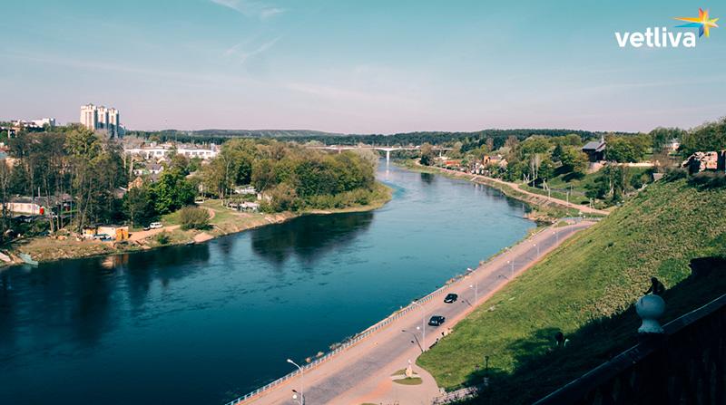 Вид с высоты на Неман в Белоруссии